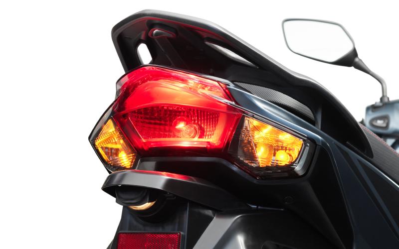 Honda-Vision-2021-3